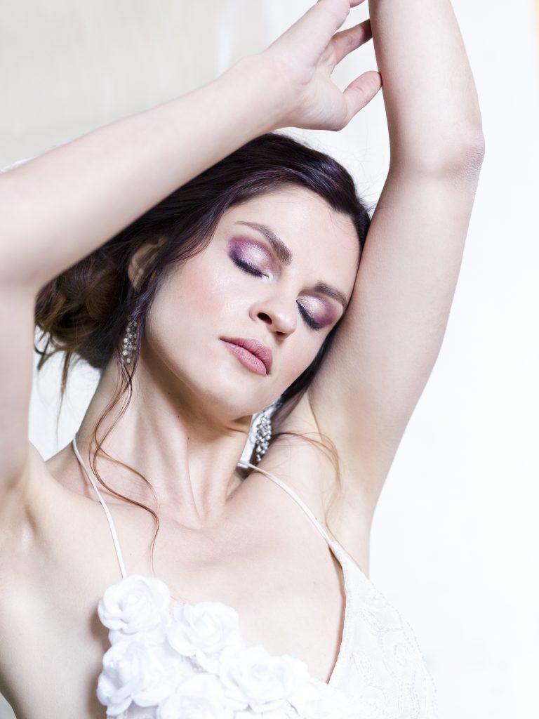Bruidsvisagie | Photo: Robroek Photography | Styling: Désar Design | Hair: Vlecht Idee